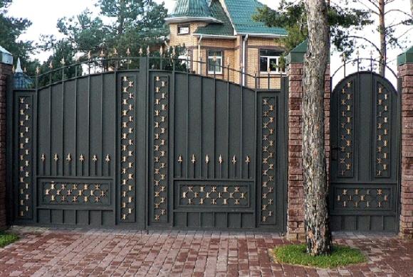 Почему автоматические ворота открываются сами по себе